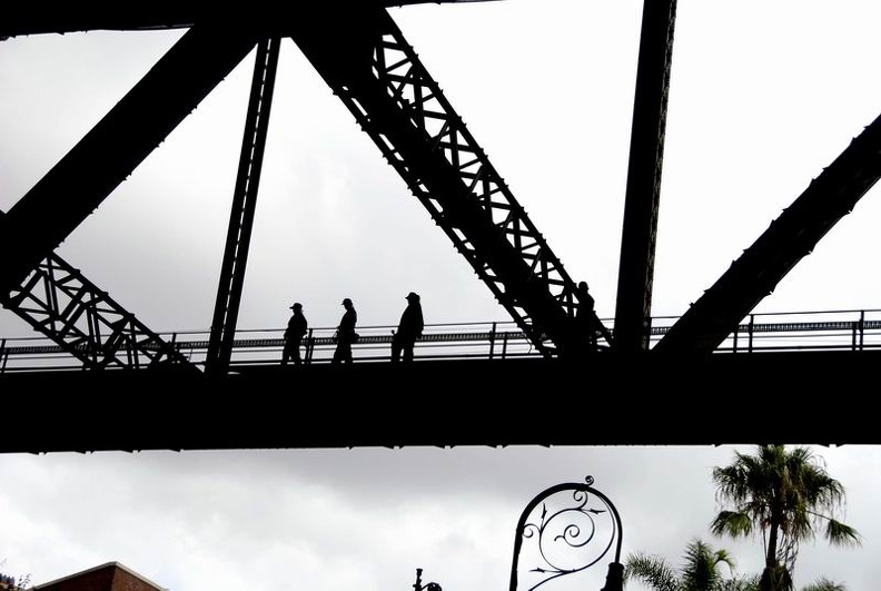 Bridge_Climbing_Sydney_New_South_Wales_Australia.jpg