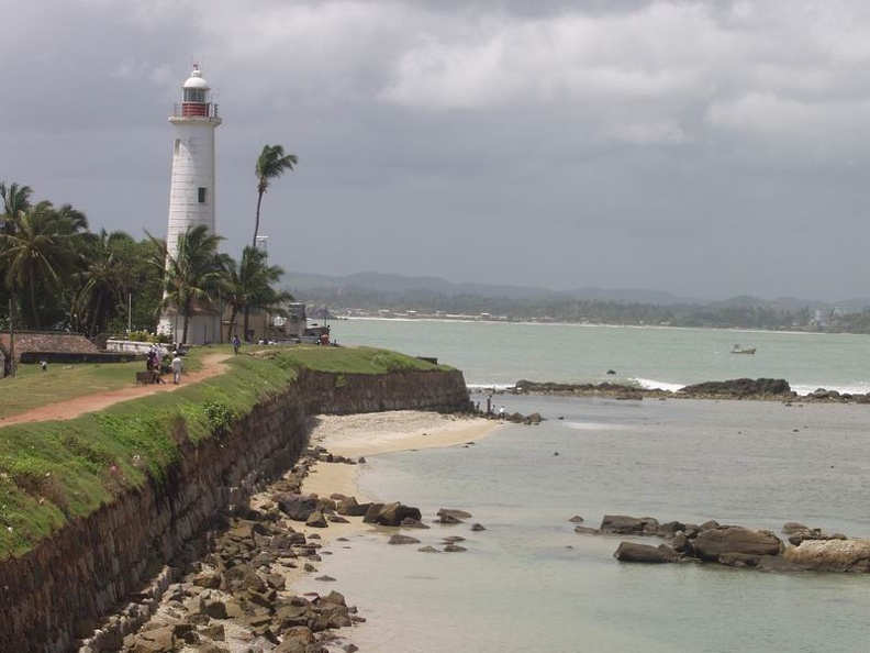 Light_house_of_Galle_Old_town_Galle_Southern_Province_Sri_Lanka.jpg