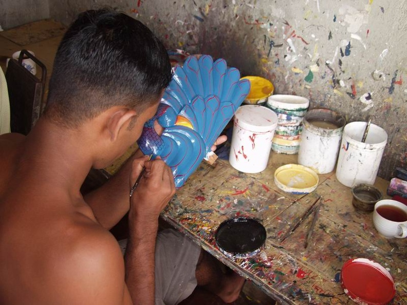 Mask_Painter_Ambalangoda_West_Coast_Sri_Lanka.jpg