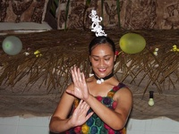 Tongan Dancer with oil - National Center of Tonga, Nukua'lofa