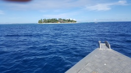 Approaching Beachcomber Island - Mamanuca Islands Fiji Viti Levu