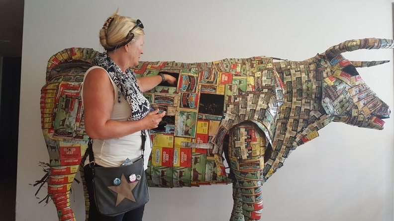 Michel_Tufferys_recycled_corned-beef_cans_-_Tjibaou_Cultural_Centre_Noumea_New_Caledonia.JPG