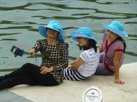 Selfie Ladies with blue hats - Singapore River Singapore