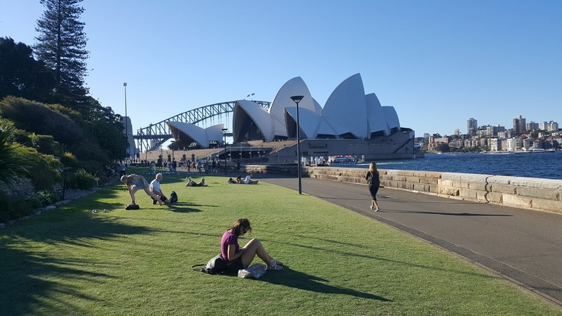 Famous_icons_-_Sydney_New_South_Wales_Australia.JPG
