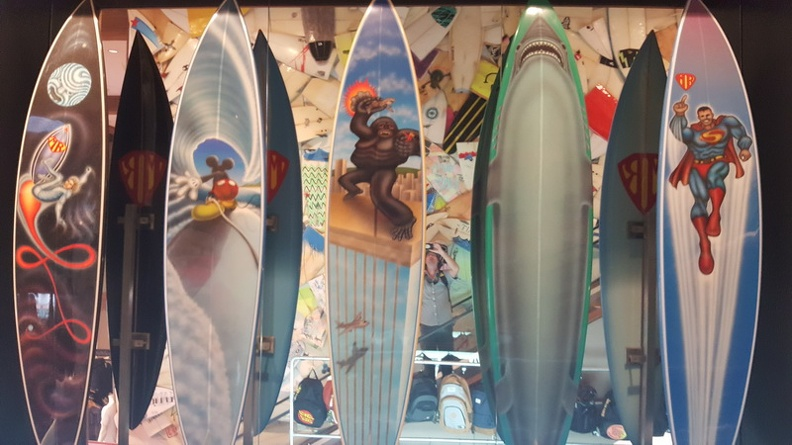 Funny_Surfboards_-_Manly_Beach_Sydney_New_South_Wales_Australia.JPG