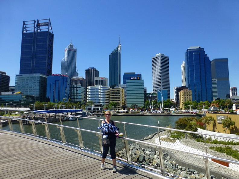 Over_the_boardwalk_-_Perth_Western_Australia.JPG